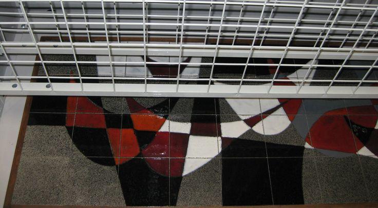 cnockaert frederik. De specialiteit van zijn kunstatelier 'kerat bvba' is restauraties van schilderijen en beelden; Verschillende restauratietechnieken worden gebruikt, zoals: reinigingen en retouches, herstellen van de grondlagen, behandeling van houtworm en schimmels.  Neem gerust een kijkje op zijn website www.Kerat.be, en www.art-restaurateur.fr alwaar foto's en referenties van enkele van zijn restauratiewerk sinds 1992 te vinden zijn.Graag ontvang ik groepen op afspraak bureau…