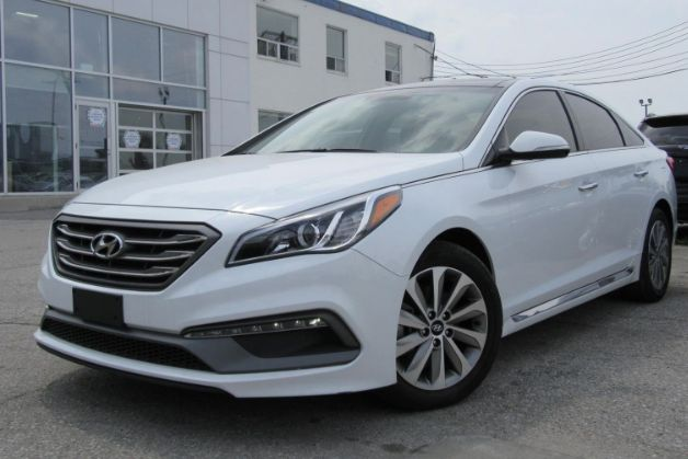 2017 Hyundai Sonata–  Comes loaded with Heated Leather Seats, Panoramic Moon Roof, Navigation and more.