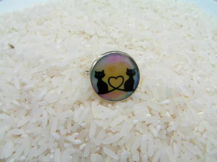 Black cats in love  --   free size silver plated ring to the last year made bottle cap set.