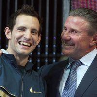 Saut à la perche : Lavillenie bat le record du monde de Bubka
