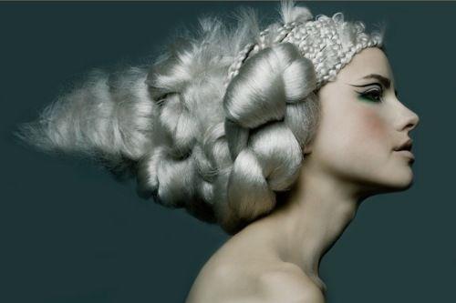 model = luckiest job ever.: White Hair, Vintage Hair, Fairies Hair, Fashion Blog, Mary Antoinette, Fashion Photography, Garde Hair, Fantasy Hair, Forefront