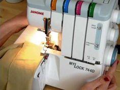 Commencer une couture à la surjeteuse, au surjet 4 fils, au bord du tissu mais aussi dans le tissu.
