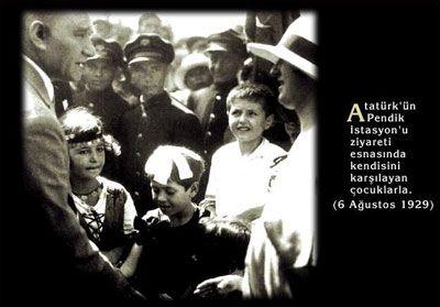 Atatürk ve çocuklar (Pendik 1929)