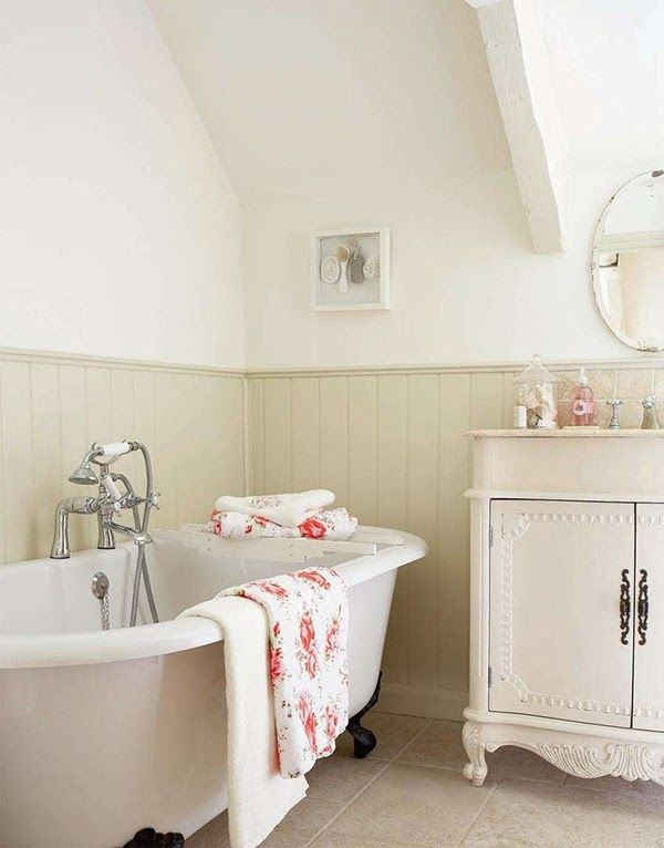 1000 ideas about cottage renovation on pinterest for Cottage bathroom ideas renovate