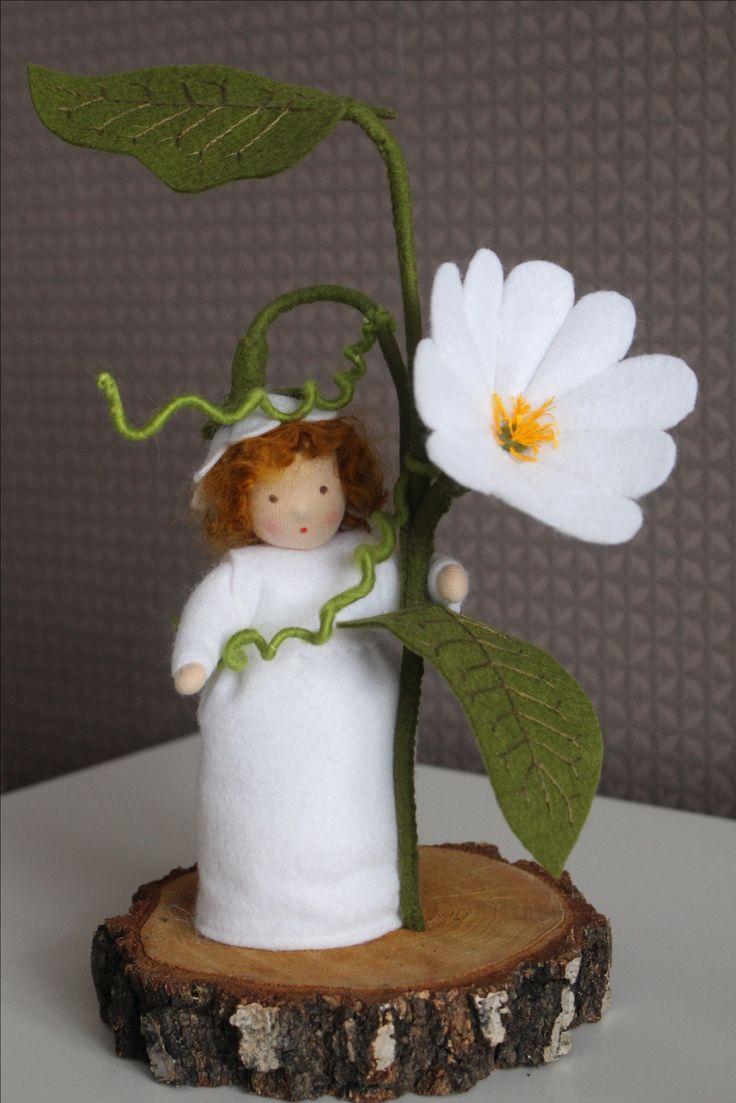 Winde, Aland, bindweed field bindweed convolvulus, Bloemen, Blume, Flower, Waldorf, Vrije School, Handmade, handgemaakt, vilt, felt, DIY