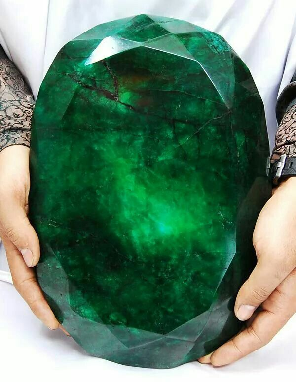World's largest emerald.