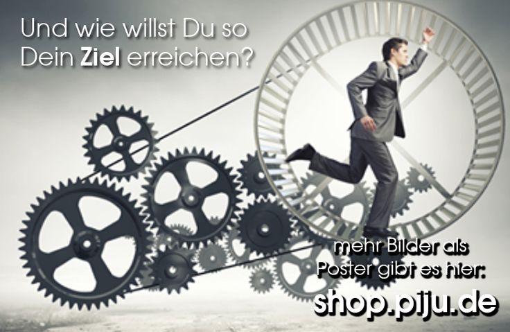 tolle handgemalte Bilder und Poster als Eyectacher für Deine Wohnung gibt es hier: http://www.piju.de/design.htm