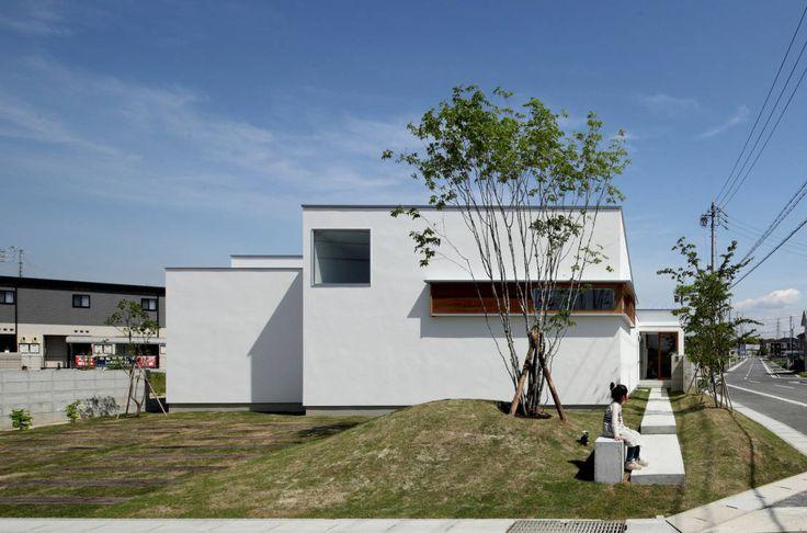 都市に近ければ、住宅地が作られて、いつしか郊外は都市の一部となります。もちろん自然は家へと変わり風景も変わっていきます。