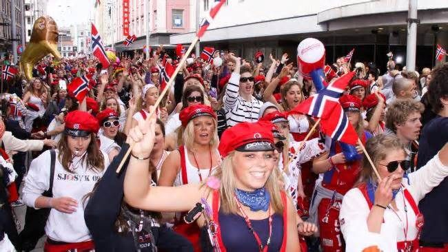 Russefeiring, the Norwegian school leavers' celebration that's 'schoolies on steroids' #russefeiring #norwegian #school #leavers…
