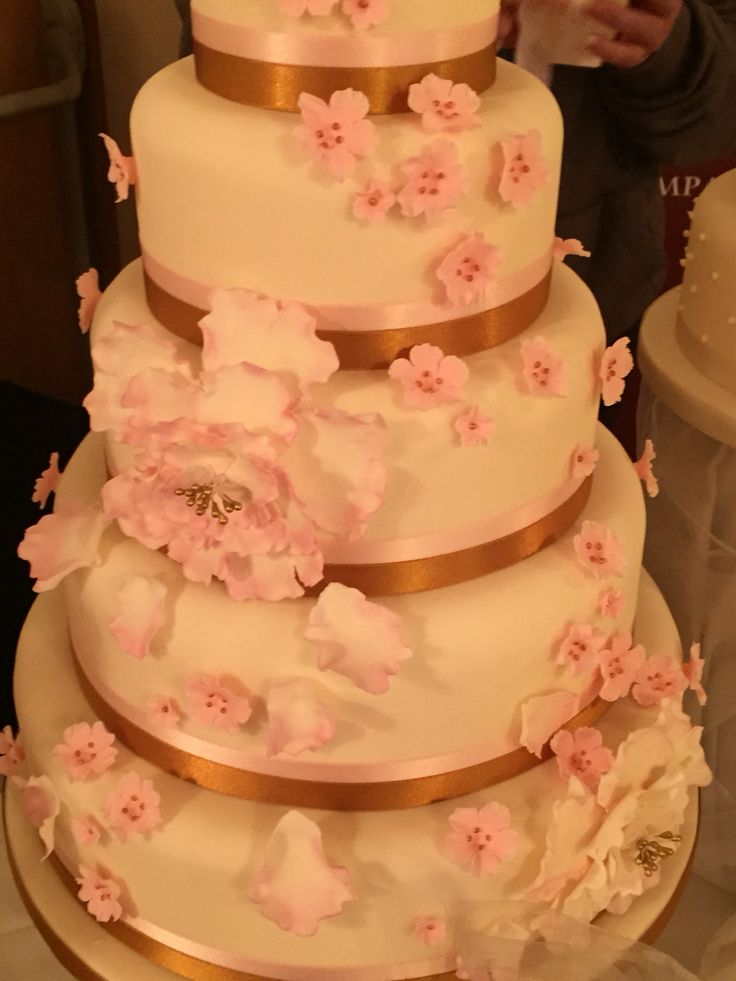 17 Best images about The Vanilla Cake Company - Wedding ...