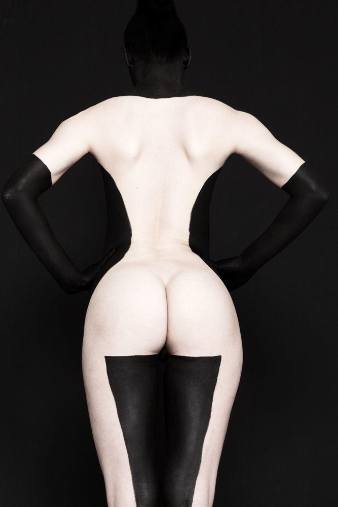 Black on Black #8 - Brenda de Vries Photography - www.brendadevries.com