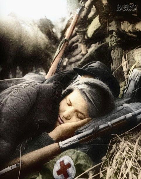 Alternative History: Lotta Svärd member resting....(http://www.alternativefinland.com/finland-the-third-path/)