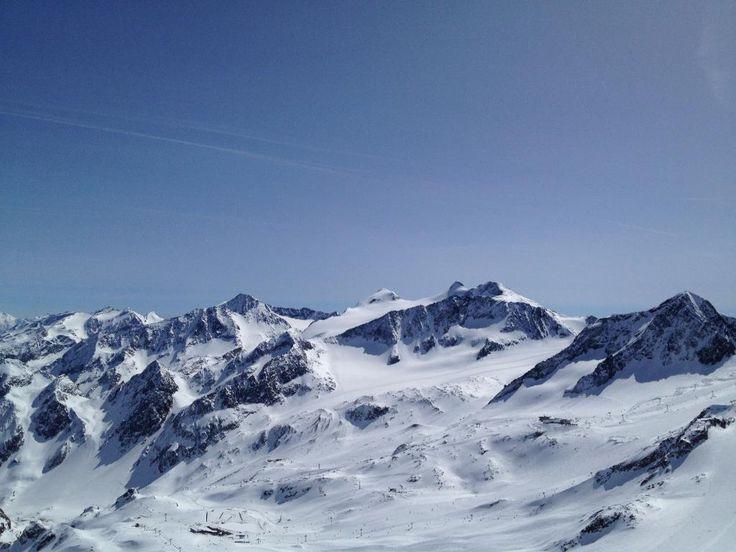 **Stubaier Gletscher (best ski area in Tirol) - Neustift im Stubaital, Austria