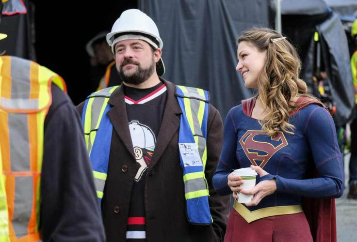 Kevin Smith Talks About Supergirl Lives