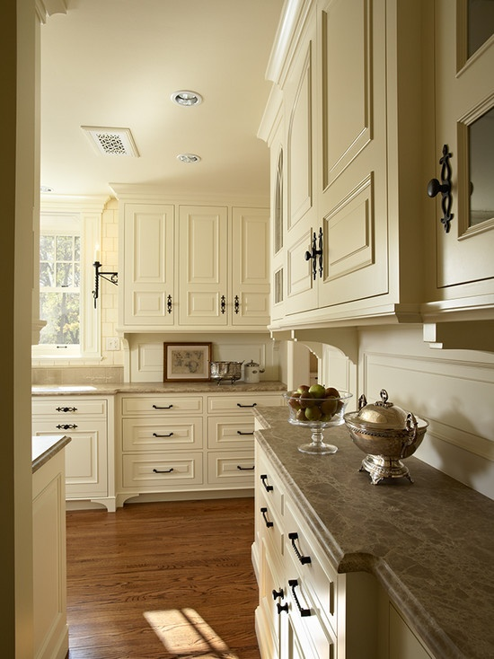 Elegant Tudor Style Kitchen Design