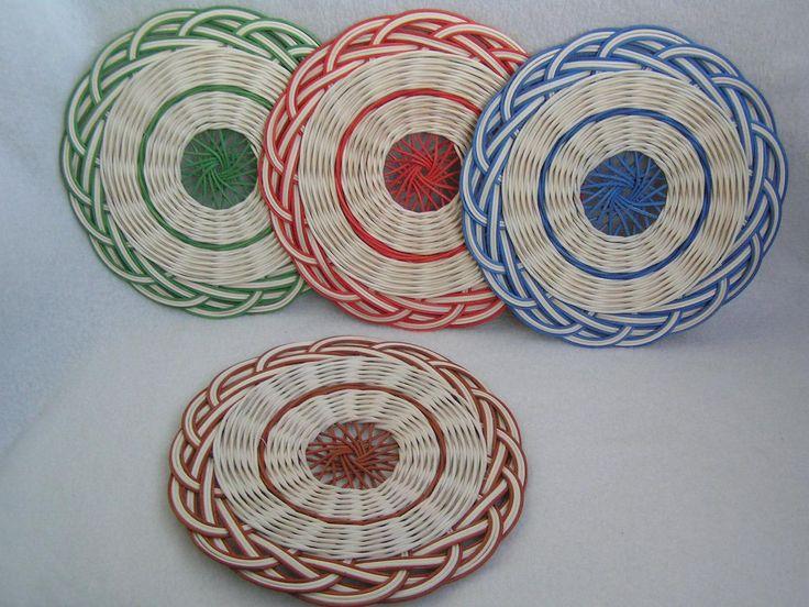 Podložky z pedigu ( Plates from rattan core)