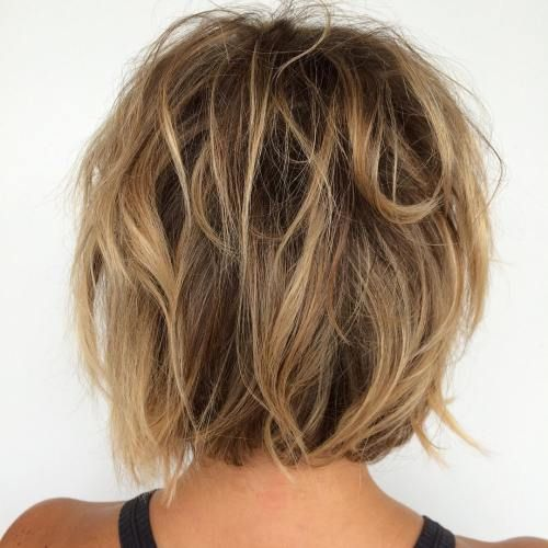 brown messy bob with blonde and caramel highlights #Hairstyles