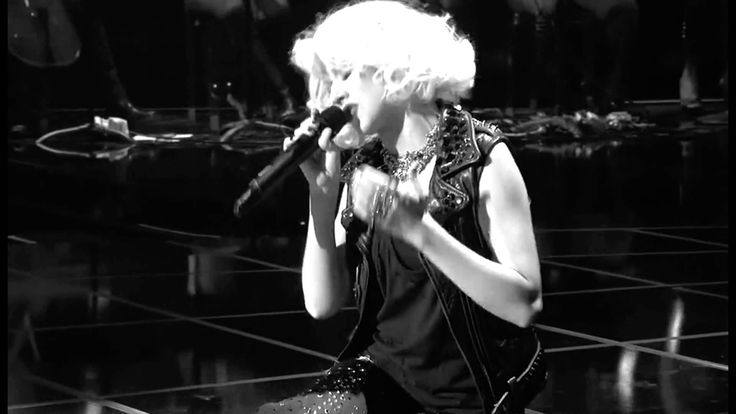 Christina Aguilera - You lost me VH1 Storytellers 2010