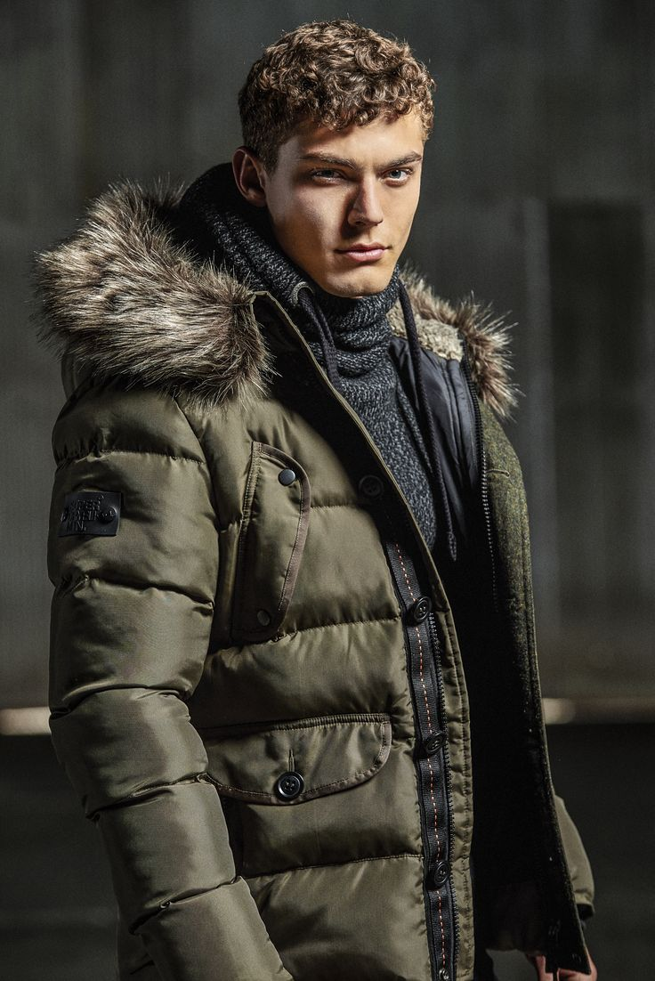 Fight off the winter chill in even the coldest of climates with our Chinook Parka.