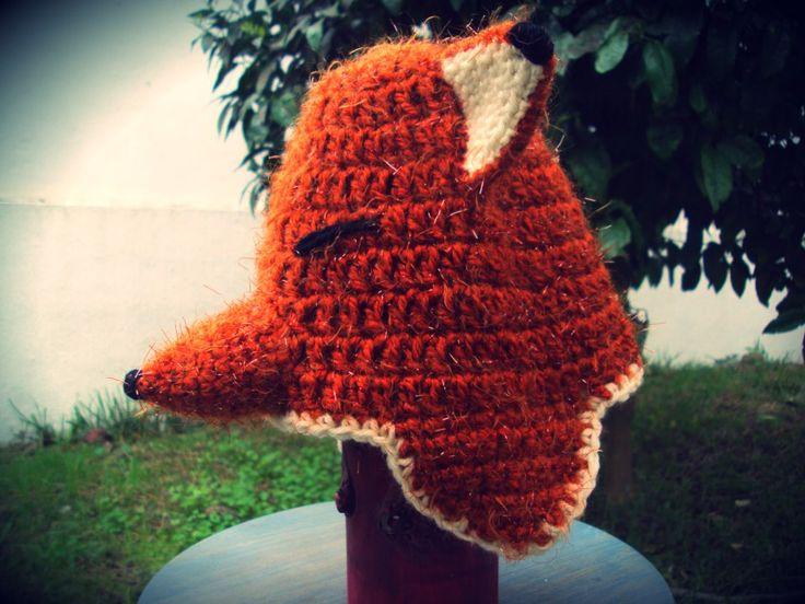 gorro de croché em forma de raposa / fox crochet hat