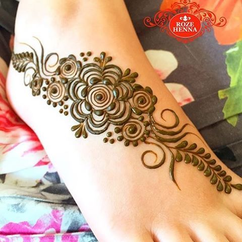 Henna @rozehenna