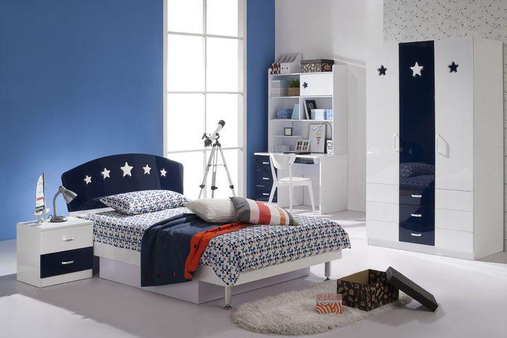 Si te gusta algo mas moderno, elegante y sobrio, este es el cuarto ideal para tu hijo. Predominando los azules y los blancos.