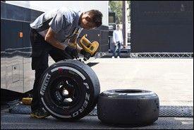 Pirelli contrattacca: