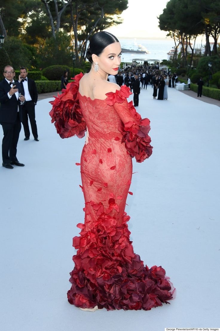 Cannes amfAR Gala 2016: Katy Perry Is The IRL Red Dress Dancing Emoji In Marchesa