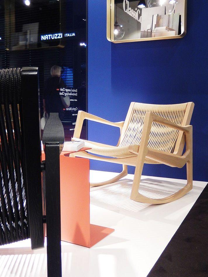 Cadeira de Jader Almeida em Milão.
