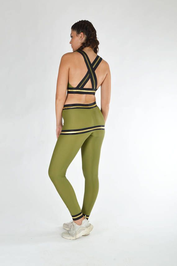 Woman Outfit Workout Clothes Green Leggings Workout