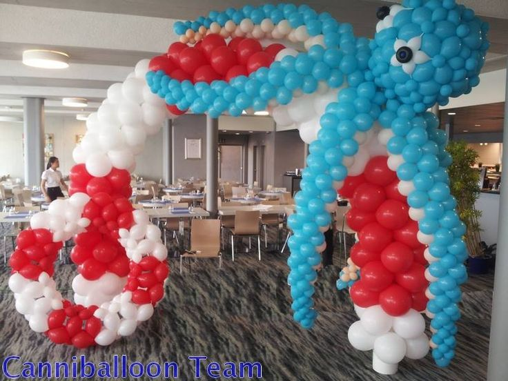 57 best images about balloon nautical decor on pinterest for Balloon decoration on wall