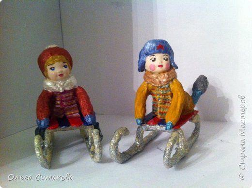 детки на санках - игрушки из ваты