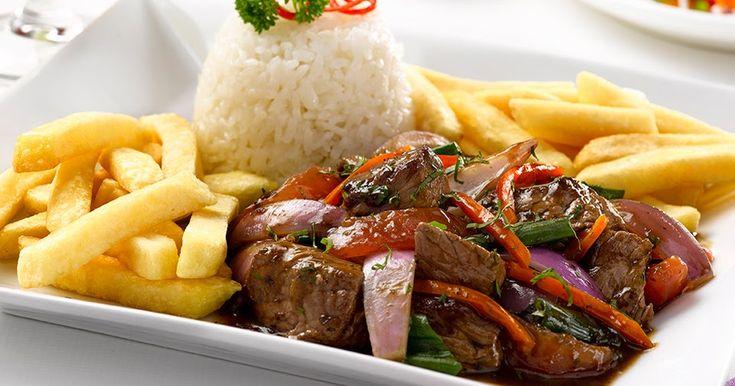 LOMO SALTADO PERUANO       Es un plato típico de nuestra gastronomía peruana, que data desde fines del siglo XIX, conocido antes como lomit...