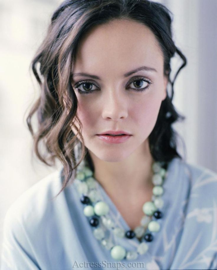 Christina Ricci | Native Audio Grrrl: Spotlight On: Christina Ricci