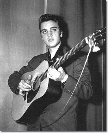 Elvis Presley : Backstage February 10, 1956