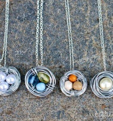 DIY bird nest necklaces with wire and beads // Fészek alakú medálok drótból és gyönyökből // Mindy - craft tutorial collection