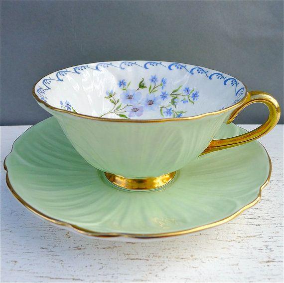 Vintage Shelley Oleander verde menta con las flores azules taza de té y platillo