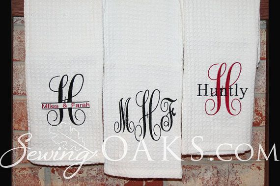 This listing is for one white towel- choose from 3 different designs. The towel will be terry cloth and woven (not waffle weave as is pictured). I use