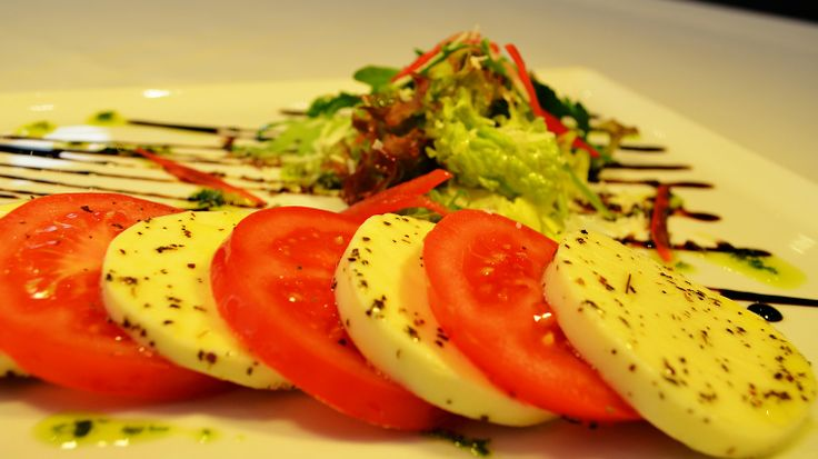 Restaurant Good Old Times - caprese salad