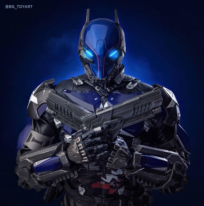 """【Batman: Arkham Knight – 1/6th scale Arkham Knight Collectible Figure Final Product Photo】  """"This ends tonight.""""  Arkham Knight has gained his infamous popularity ever since the first release of the action videogame, Batman: Arkham Knight. Being a mysterious military villain who emerged in Gotham City, Arkham Knight was the antithetical version of Batman equipped with high-tech militaristic battle-suit and weaponry. Today, Hot Toys is excited to present the final product of 1/6th scale…"""