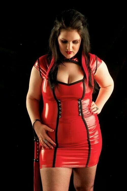 91 best images about curvy women in latex, leather or pvc ...