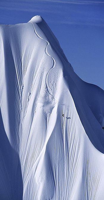 Esto es el amor y la dedicacion a algo, llegando hasta el extremo del límite. Pasión por el esqui.