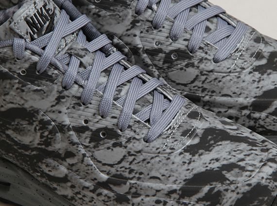 Sneaker Game - Nike Air Max Lunar 90 Moon Landing | Fresh Patrol
