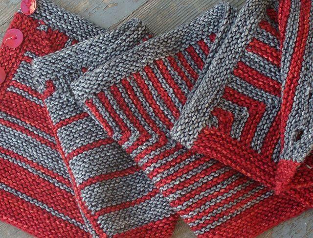 Ravelry: Montague Street Cowl pattern by Nina Machlin Dayton