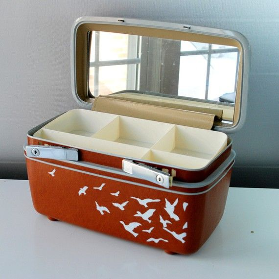 12 Ways to Upcycle Vintage Suitcases