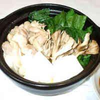 鶏ごま油鍋♪寄せ鍋の簡単な具材♪卵黄ダレ