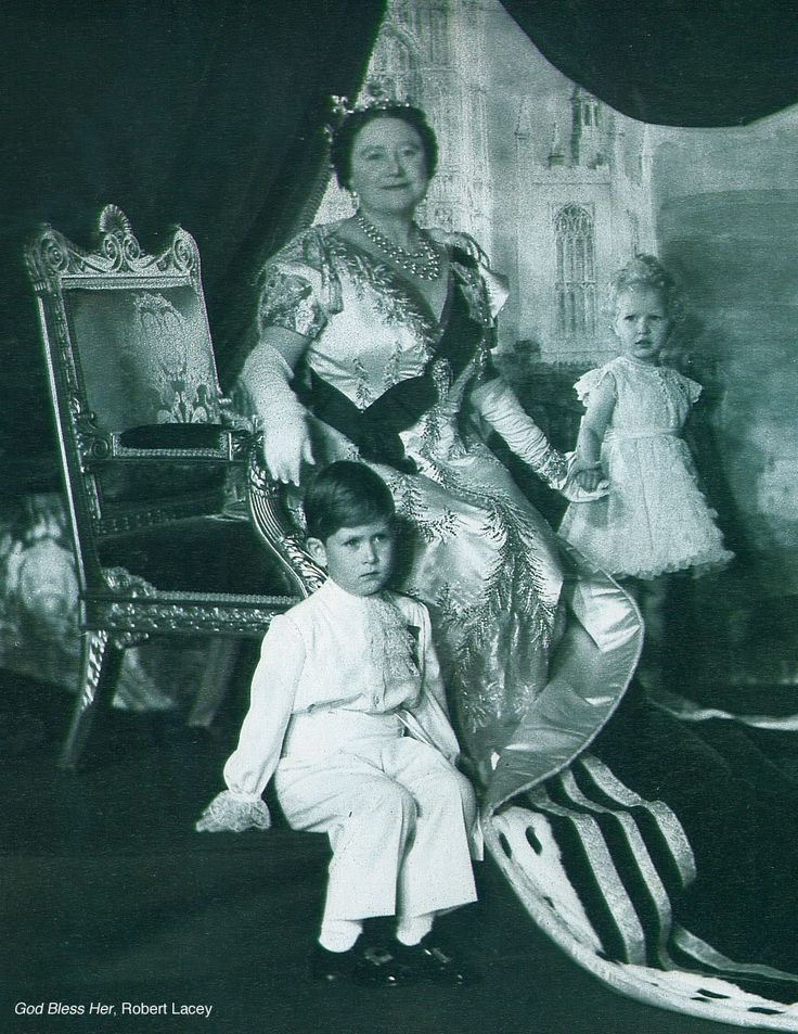Queen Elizabeth The Queen Mother with Prince Charles and Princess ...