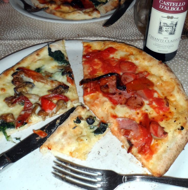 Want to know where to get the BEST pizza in Sorrento, Italy? Check out my blog! - A Blonde in an Airport