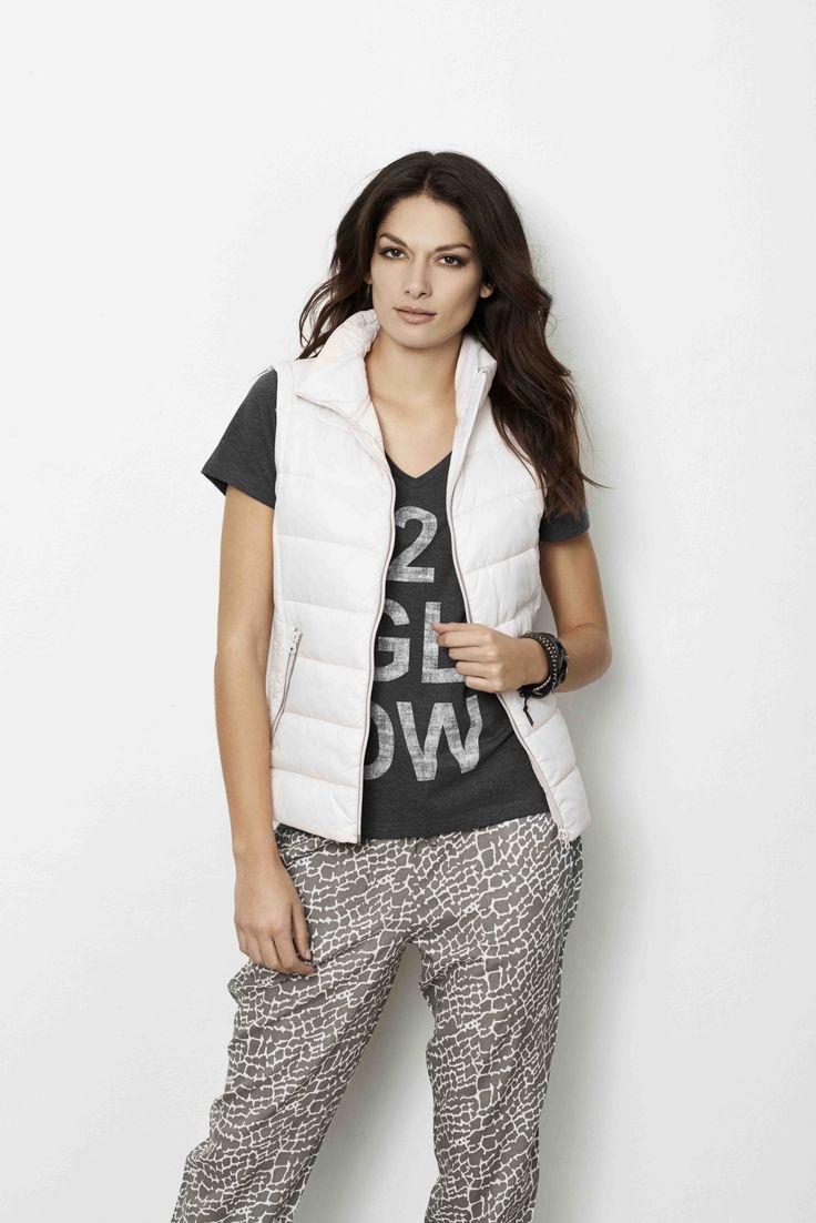 soyaconcept - waistcoat - T-shirt - blouse - pants