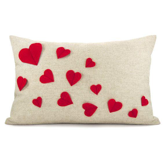Kissenbezug Herz wächst  rot fühlten Herzen von ClassicByNature, $46.00